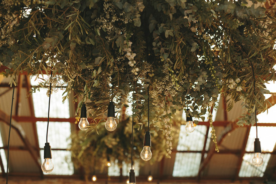 Pomp and Splendour Hanging Arrangement