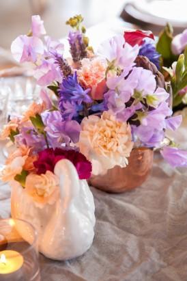 Swan vase at wedding