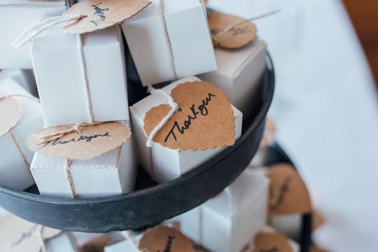 Wedding favor boxes with kraft tags