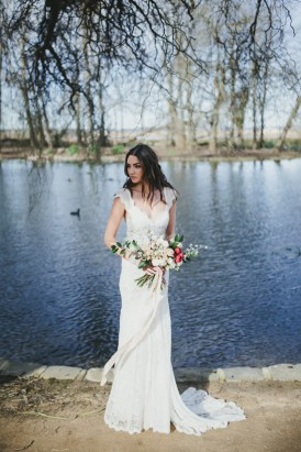 Lakeside Bridal Inspiration013