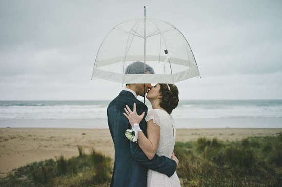 rainy-lorne-wedding093-550x366