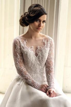 Classic Romance Bridal Inspiration007