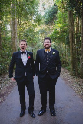 Colourful Rainforest Wedding045