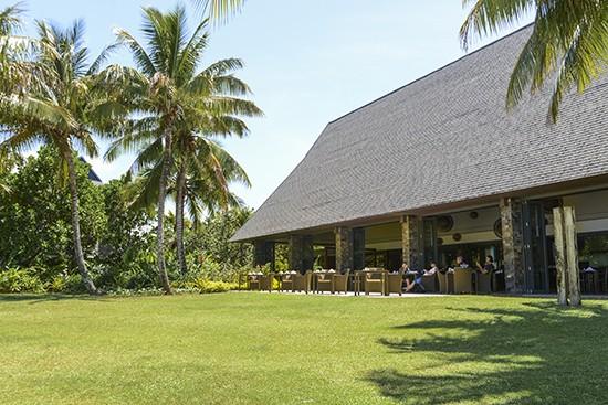 Intercontinental Fiji Navo Restaurant Lawns