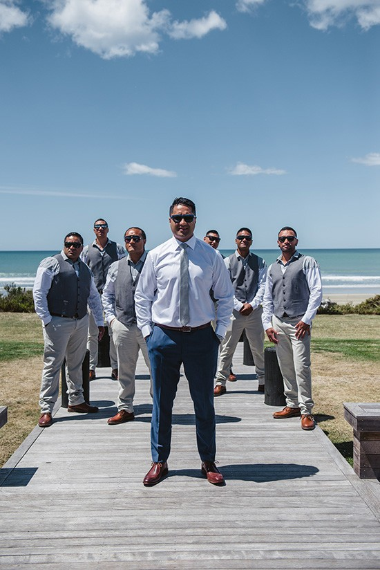 Relaxed New Zealand Riverside Wedding008