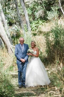 Relaxed New Zealand Riverside Wedding034