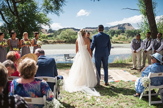 Relaxed New Zealand Riverside Wedding042