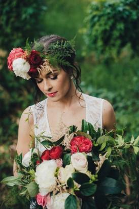Romantic Forest Wedding Inspiration012
