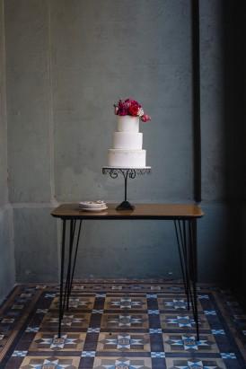 Sweet Vintage Valentines Wedding Inspiration010