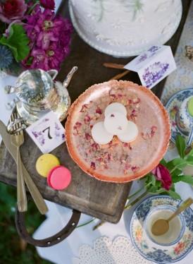 Whimsical Garden Wedding Inspiration031