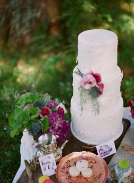 Whimsical Garden Wedding Inspiration032
