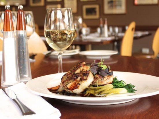 Cascades-Restaurant-Chicken-Ballantine--1000x752