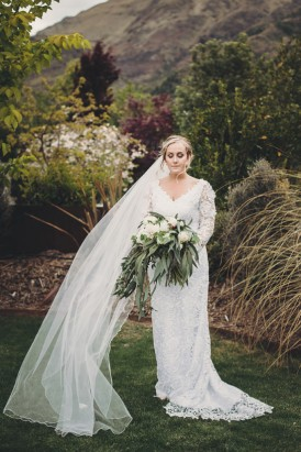 Intimate Queenstown Lake Wedding023