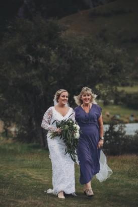 Intimate Queenstown Lake Wedding052