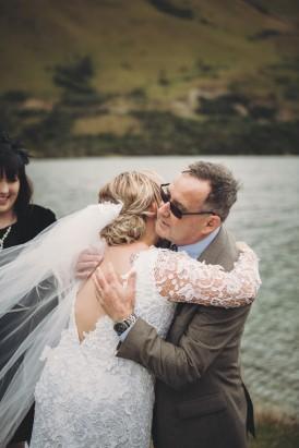 Intimate Queenstown Lake Wedding086
