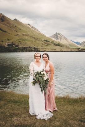 Intimate Queenstown Lake Wedding099