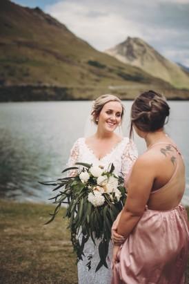 Intimate Queenstown Lake Wedding100