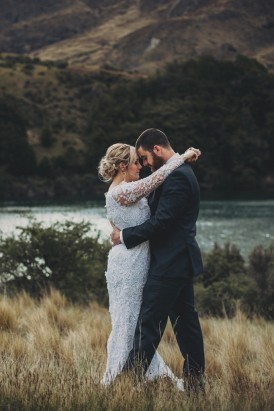 Intimate Queenstown Lake Wedding159