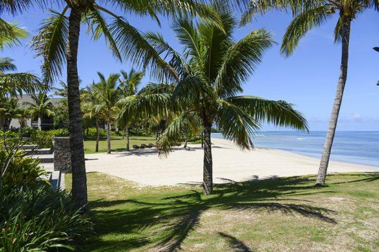 Intercontinental fiji kama beachfront beach
