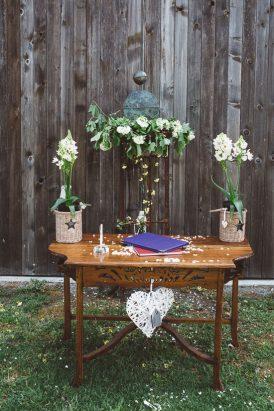 Relaxed Bonnie Brae Barn Wedding016