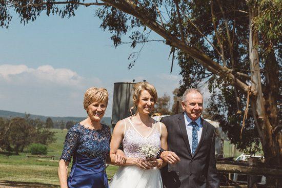 Relaxed Bonnie Brae Barn Wedding018