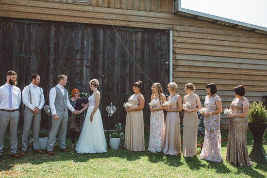 Relaxed Bonnie Brae Barn Wedding021