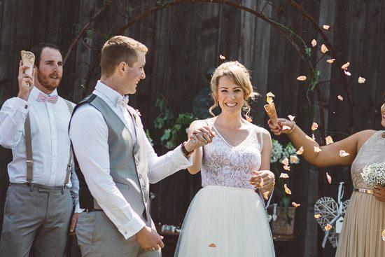 Relaxed Bonnie Brae Barn Wedding033