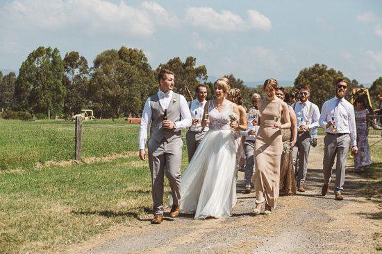 Relaxed Bonnie Brae Barn Wedding039