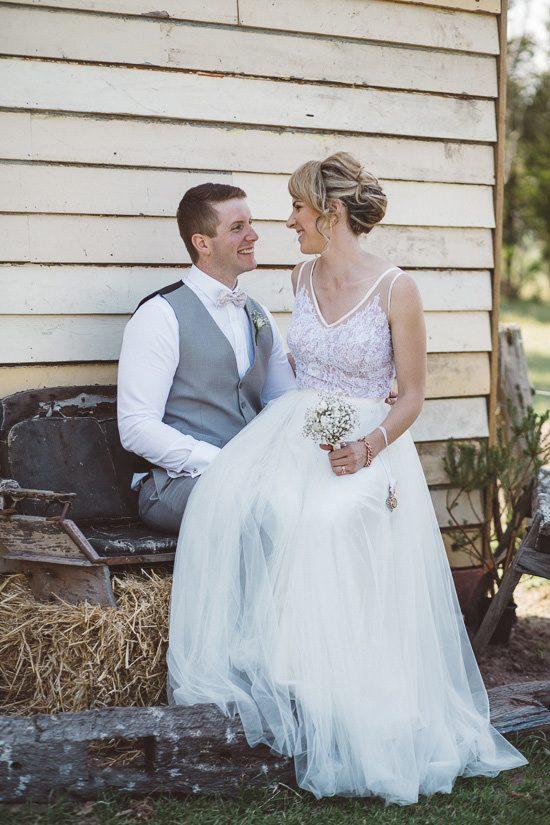 Relaxed Bonnie Brae Barn Wedding048
