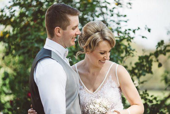Relaxed Bonnie Brae Barn Wedding049