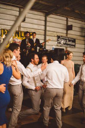 Relaxed Bonnie Brae Barn Wedding091