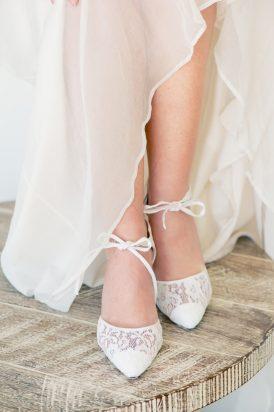 Romantic Bridal Bun Tutorial008