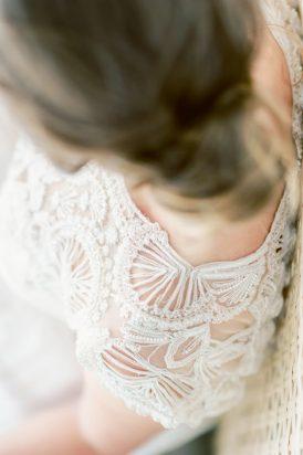 Romantic Bridal Bun Tutorial017
