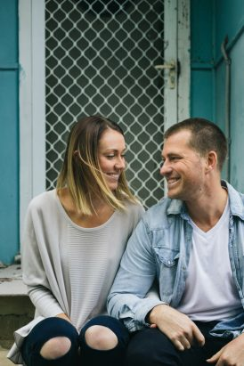 Relaxed And Romantic Engagement017