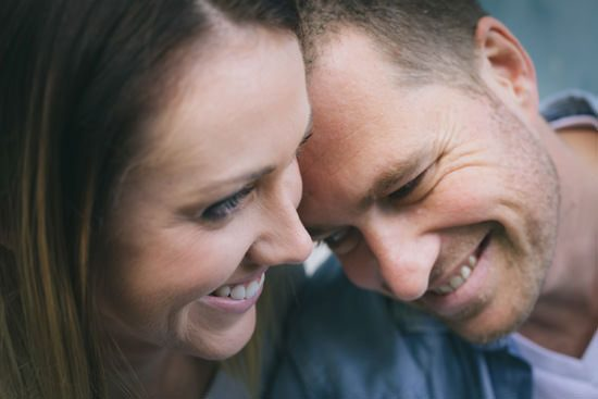 Relaxed And Romantic Engagement018