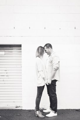Relaxed And Romantic Engagement025