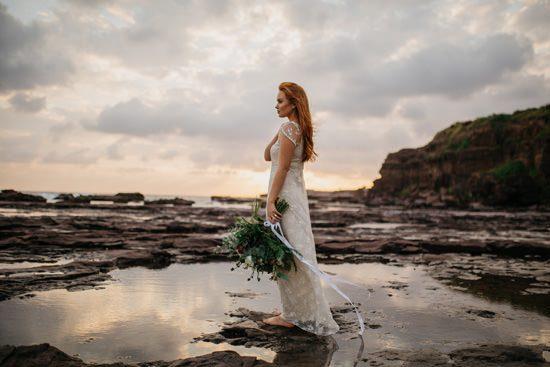 Windswept Beach Bride Inspiration013