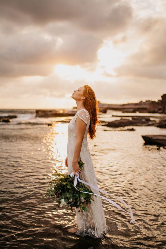 Windswept Beach Bride Inspiration044