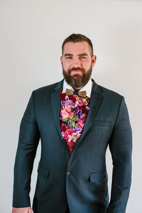 Dapper Fresh Flower Cravat
