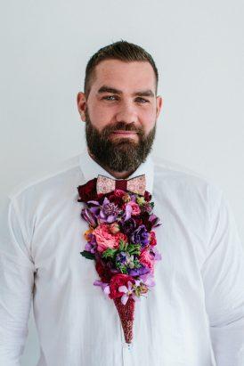 Dapper Fresh Flower Groom Style033