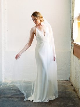 Luminous Industrial Bridal Style057