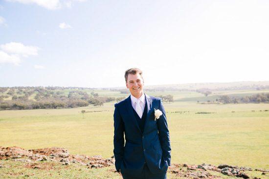 Pretty Rustic Farm Wedding20160712_1135