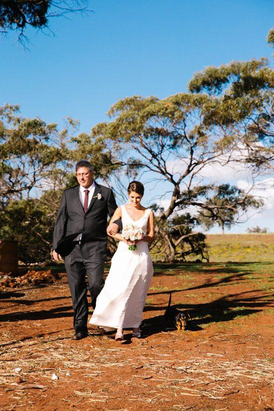 Pretty Rustic Farm Wedding20160712_1139