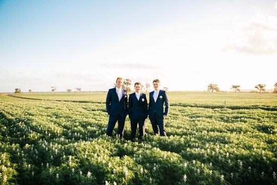 Pretty Rustic Farm Wedding20160712_1172