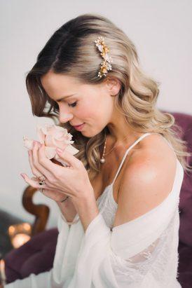 Indoor Rustic Chic Wedding Ideas008