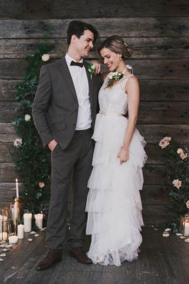 Indoor Rustic Chic Wedding Ideas041