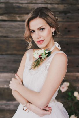 Indoor Rustic Chic Wedding Ideas051