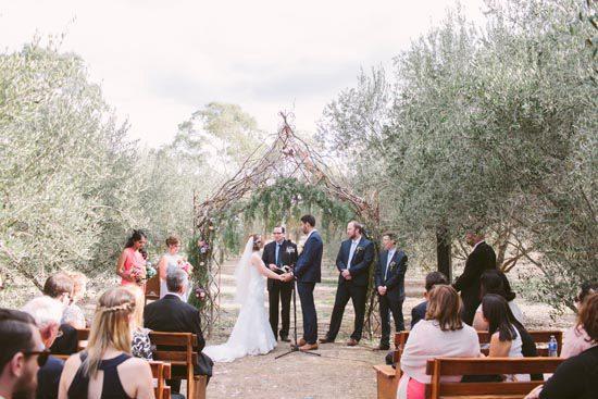 providence-gully-woodland-wedding20160912_2437
