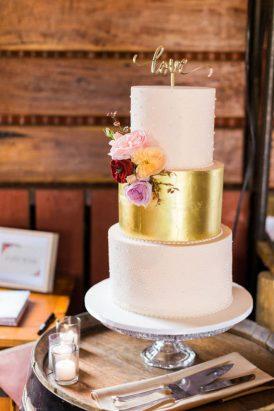 Romantic Swallowfield Vineyards Wedding024