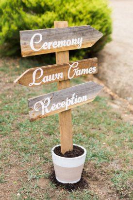Romantic Swallowfield Vineyards Wedding025